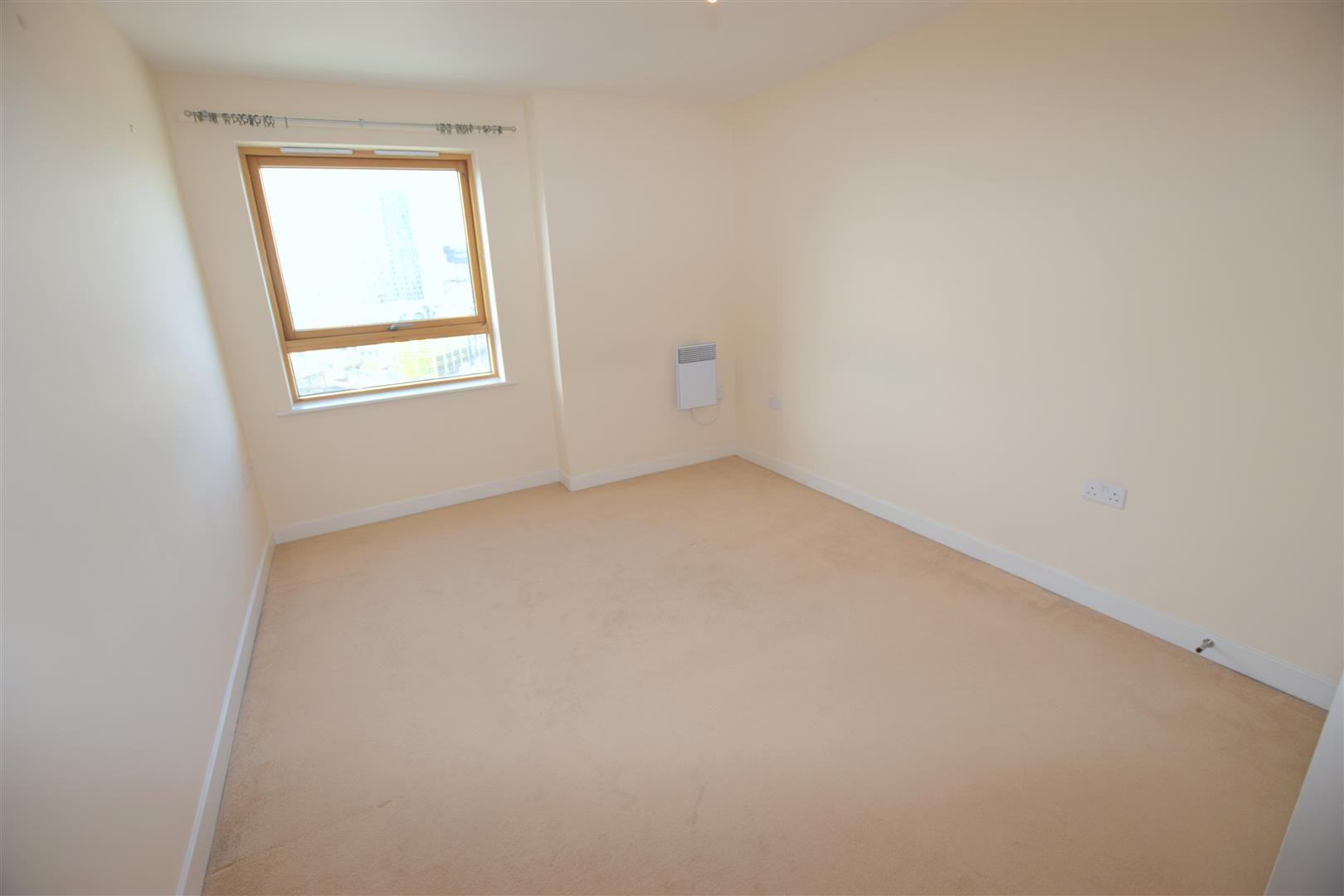 Cam Road Stratford E15 2 bed Type unknown E15 2SL £