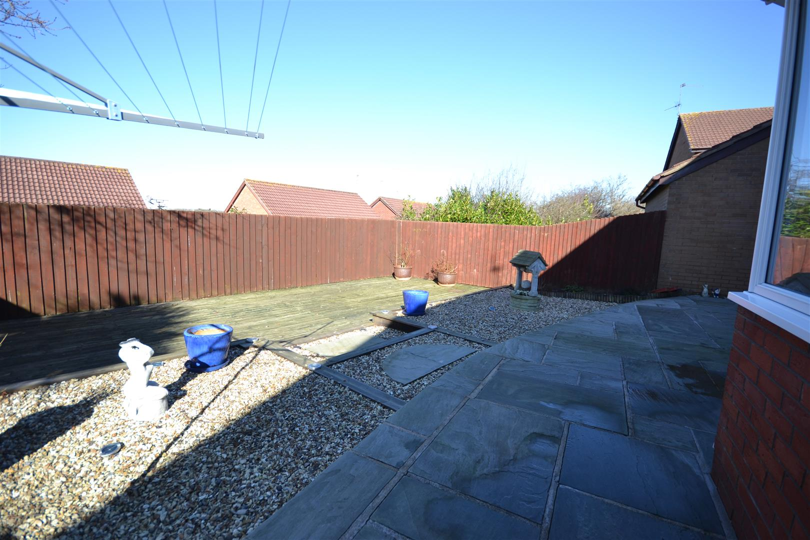 House detached ael y coed barry for Q kitchen pontypridd