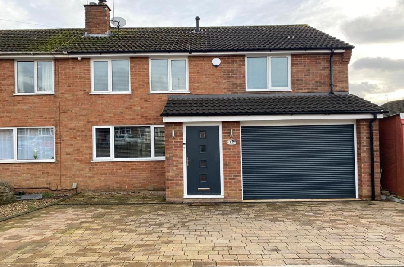 Grange Close, Earls Barton