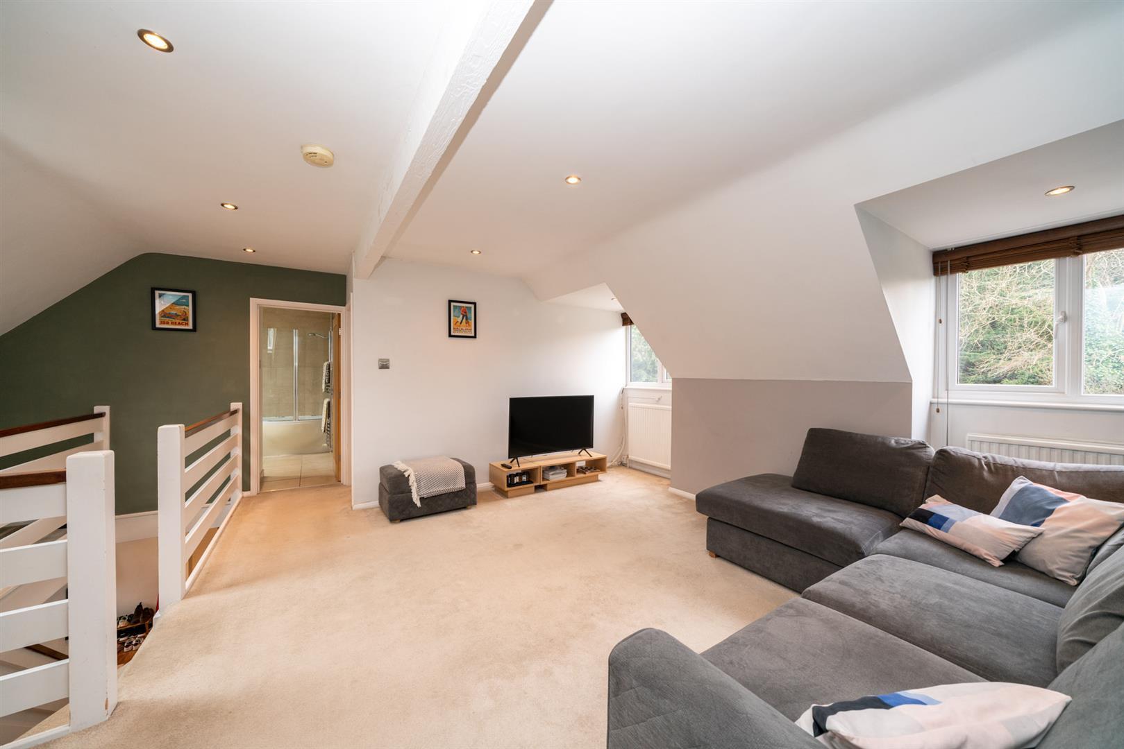 Flat-6-Ruscoe-5102 - living room.jpg
