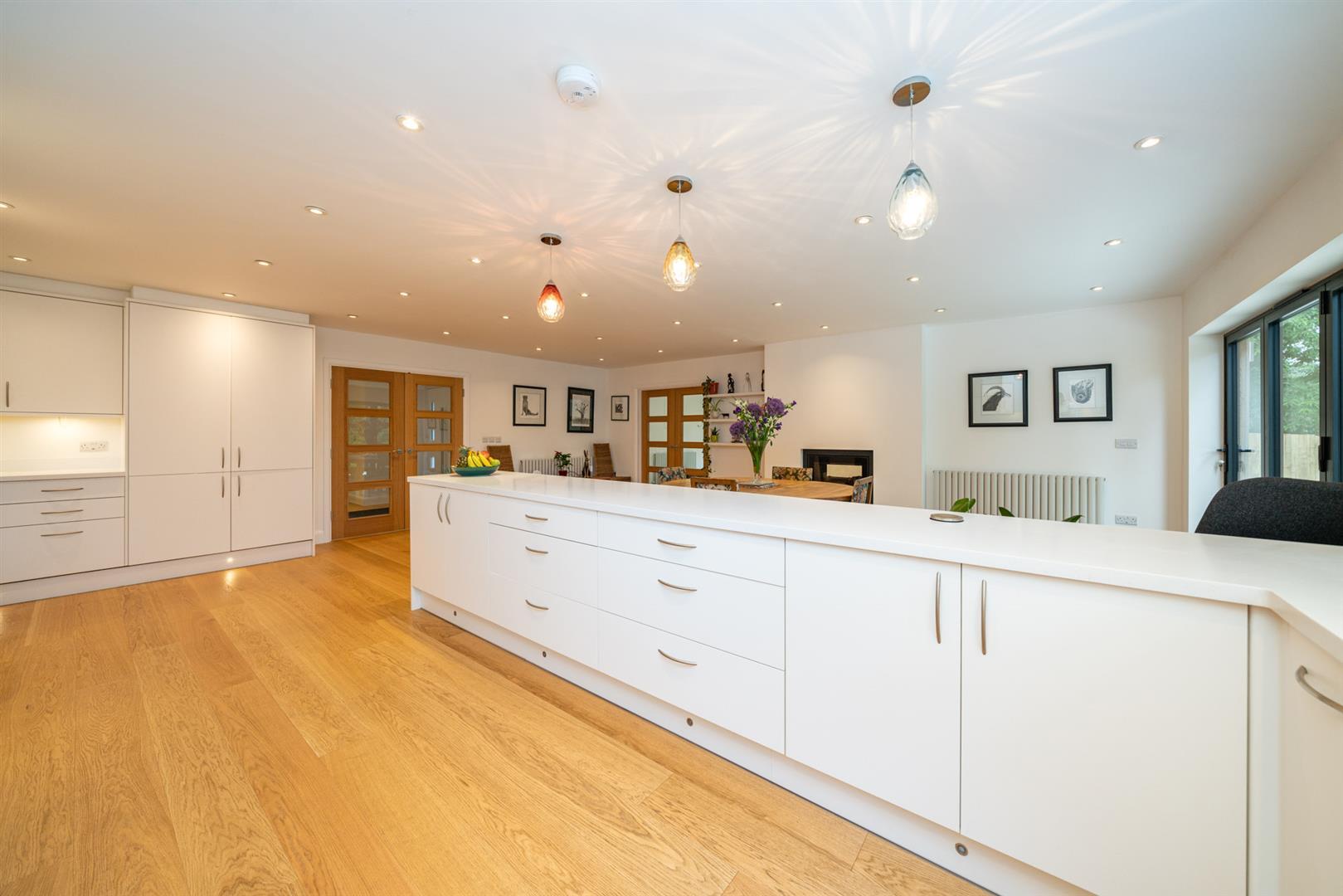Larchmoor-3013 - kitchen 1.jpg