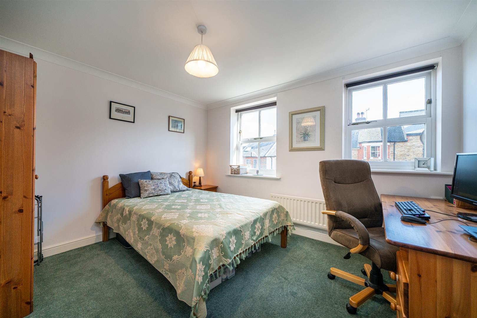 46-Cross-Oak-Rd-1000 - bed 2.jpg