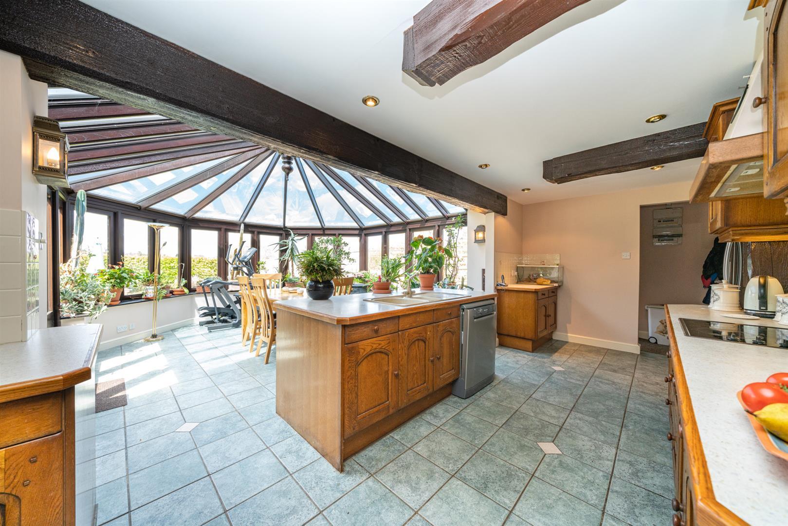 Woodlands-Kitchen 2.jpg