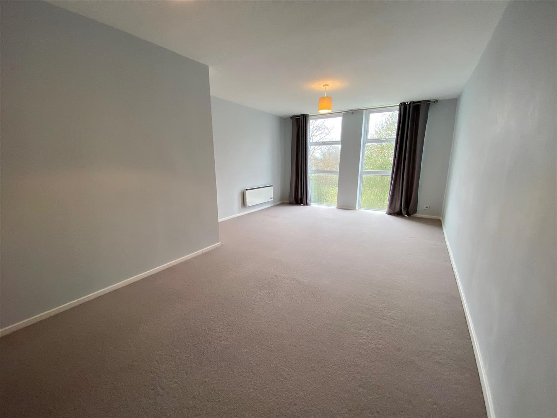 living room new 1.jpg
