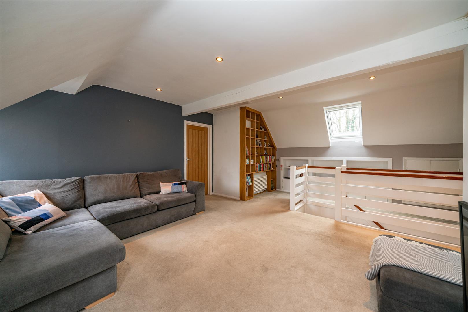 Flat-6-Ruscoe-5115-  living room 3.jpg