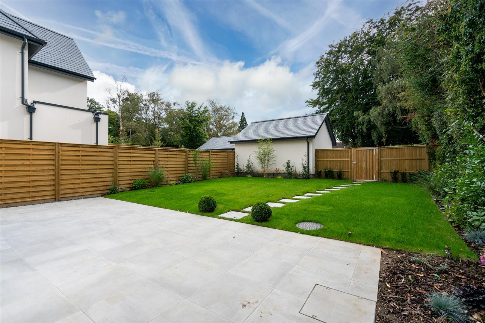 Bramley-5 - patio garden view.jpg