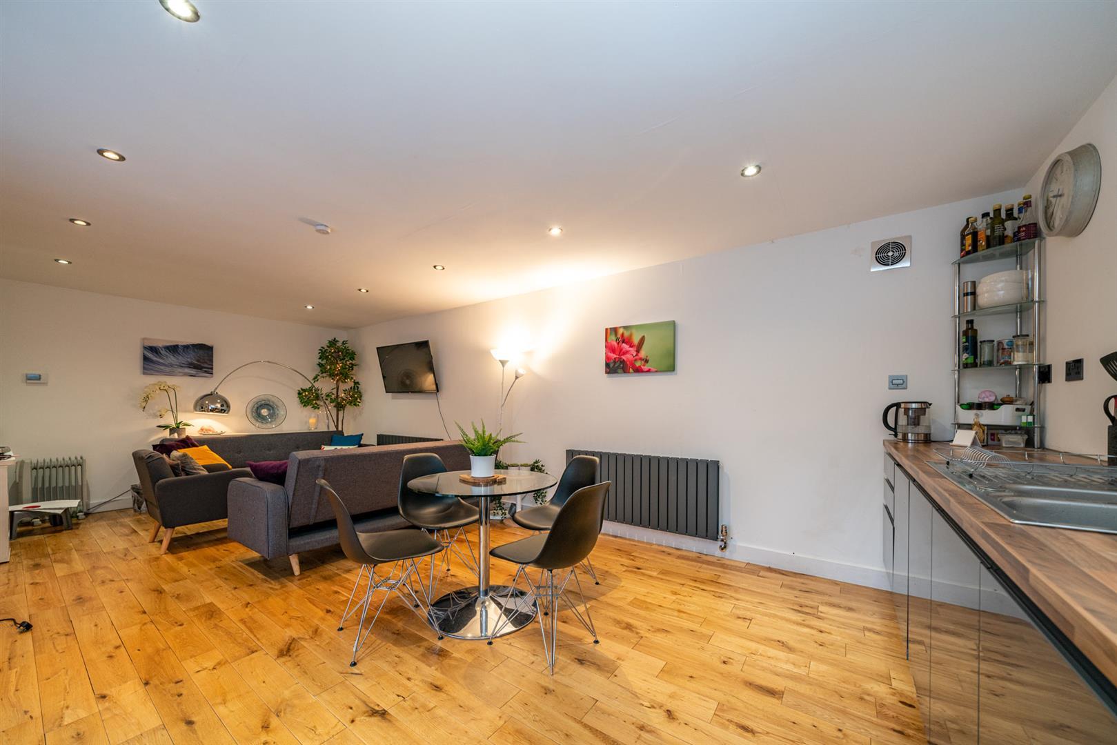 15-Hedgeside-6045 - guest outbuilding kitchen livi