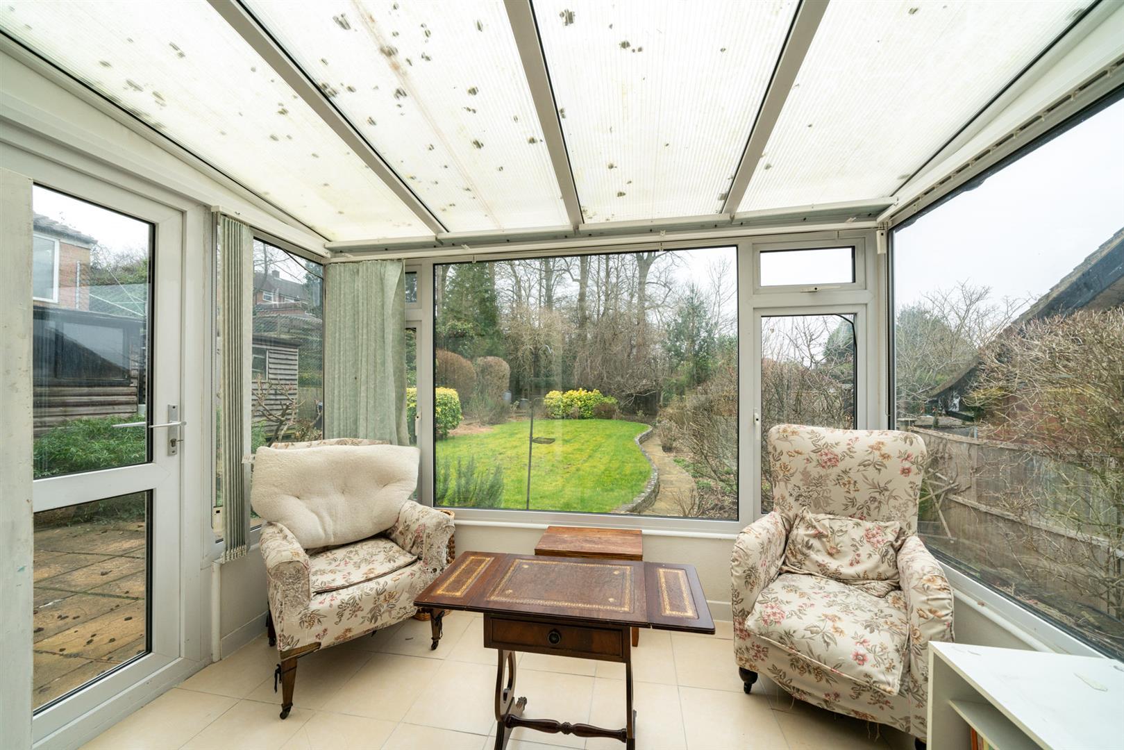 32-Cedar-Road-4267 - conservatory.jpg