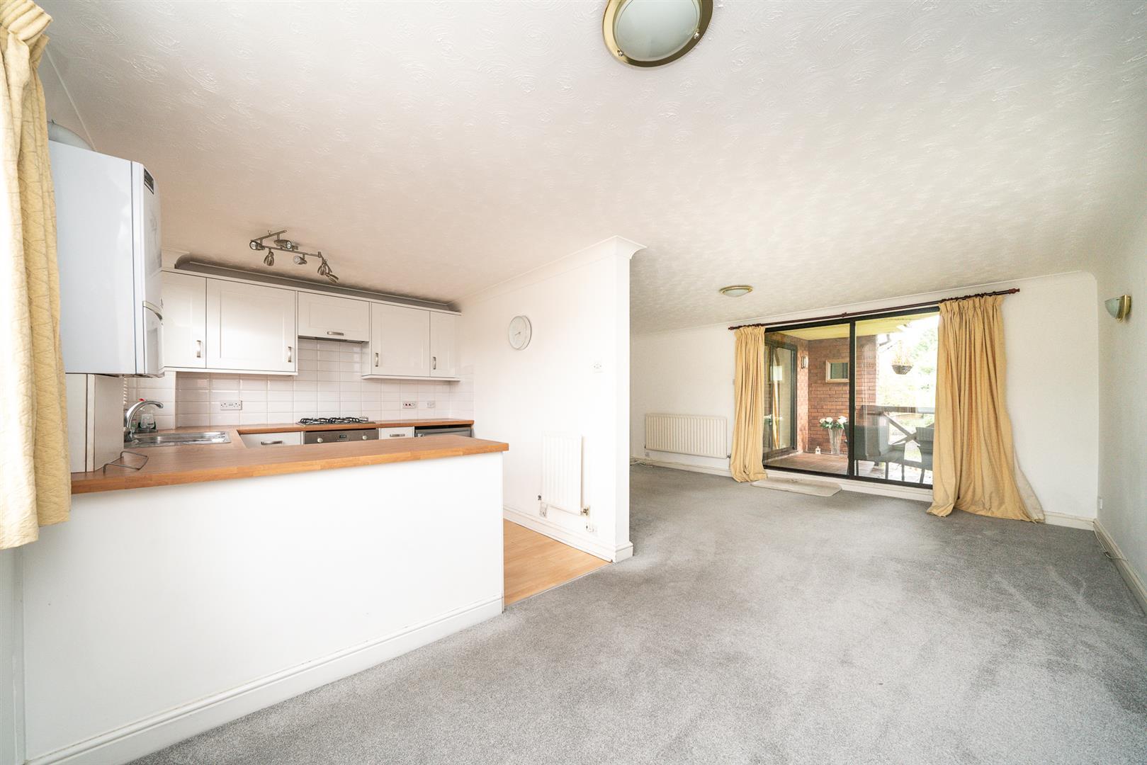 9-Brook-Lane-1010 - kitchen diner.jpg