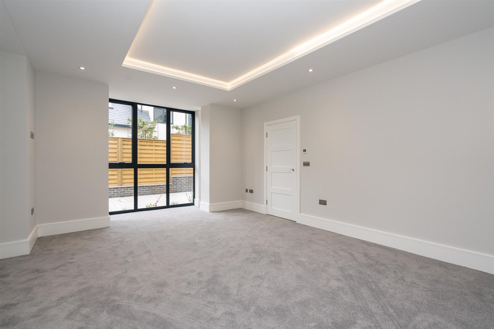 Hillcrest-3130 - living room 1.jpg