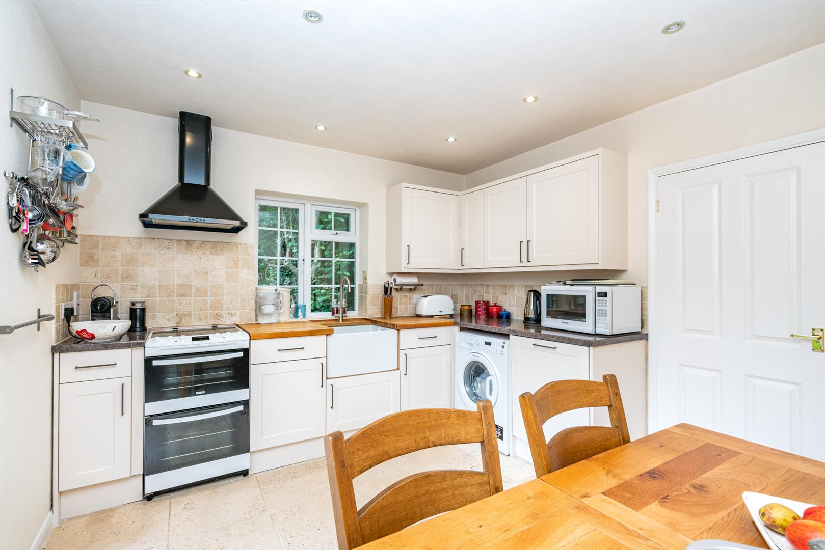 14-Chesham-Road-1372-  kitchen 1.jpg