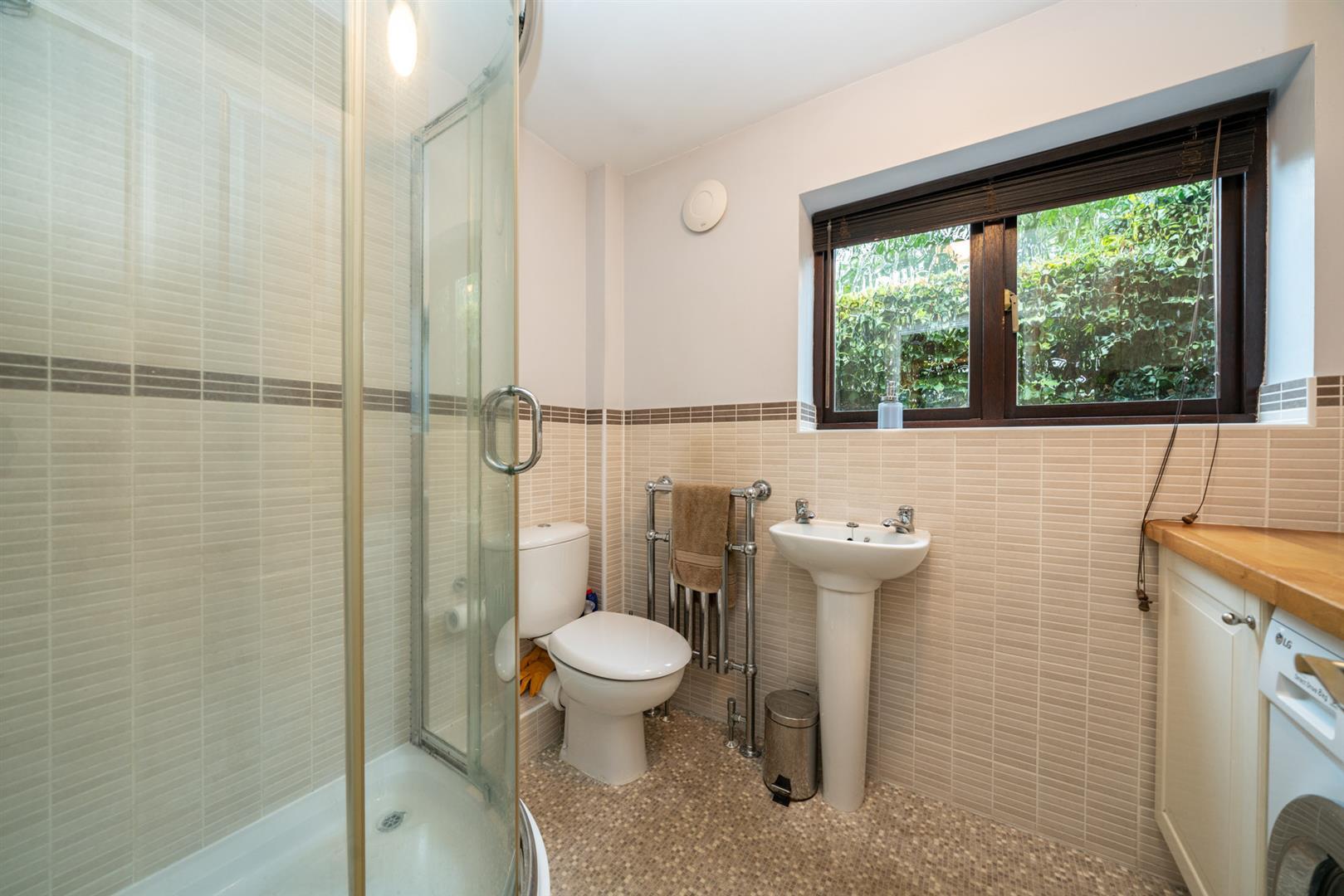 Boundary-Edge-6068 -shower room.jpg