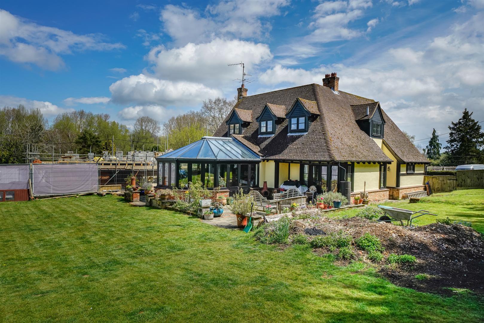 Woodlands-back garden back of house.jpg