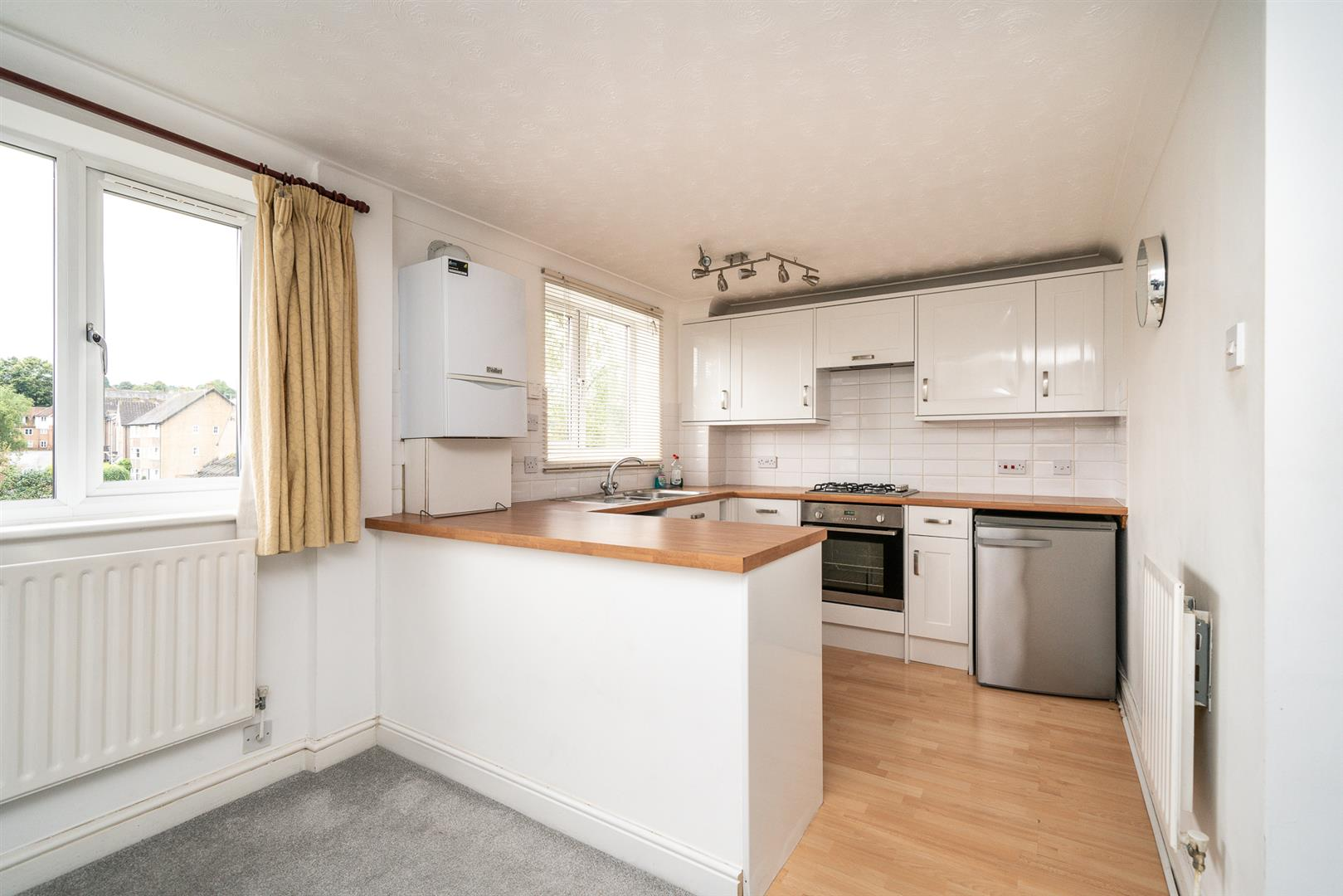 9-Brook-Lane-1012 - kitchen.jpg