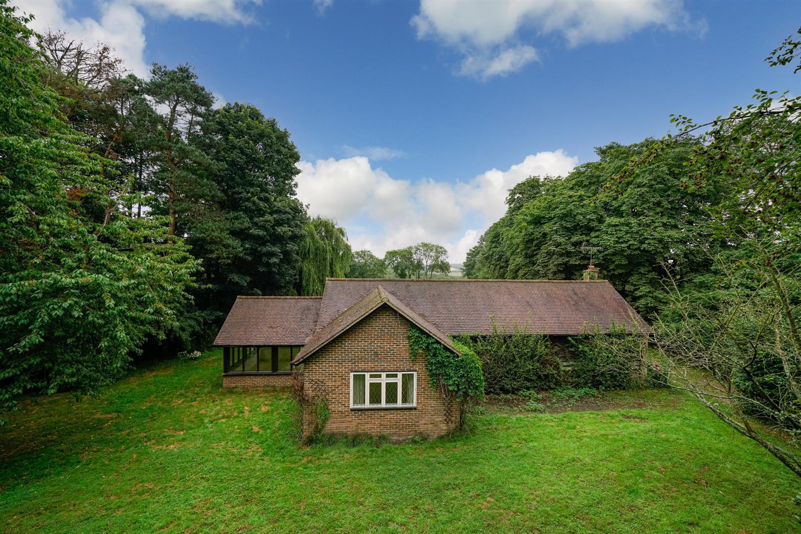 Old-Cottage-Paddock-15 - front.jpg