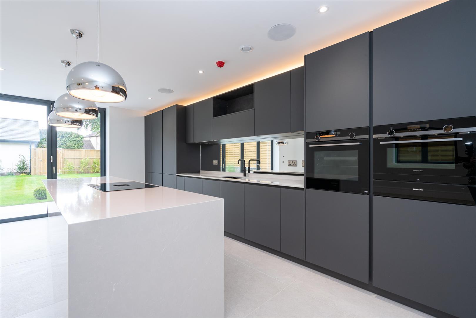 Hillcrest-3162 - kitchen 3.jpg