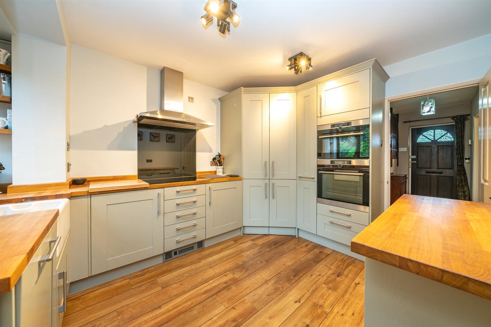 Boundary-Edge-6065 - kitchen use.jpg