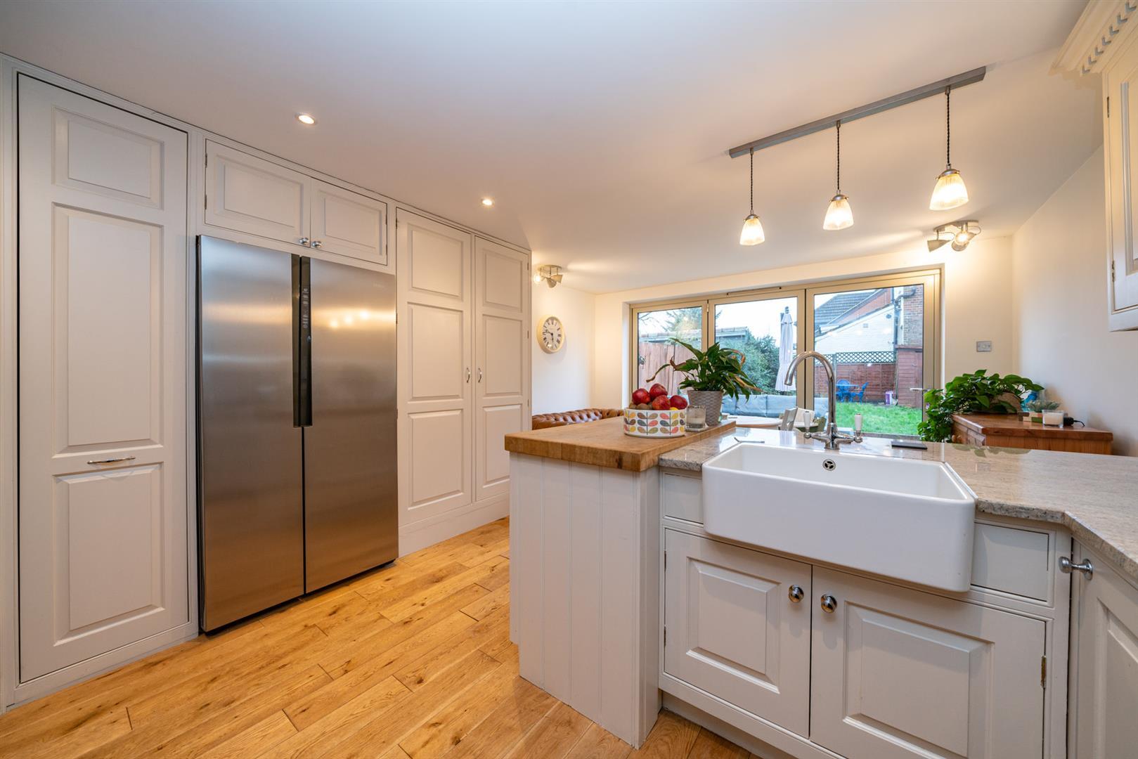 5-Cross-Oak-Road-4639 - kitchen.jpg