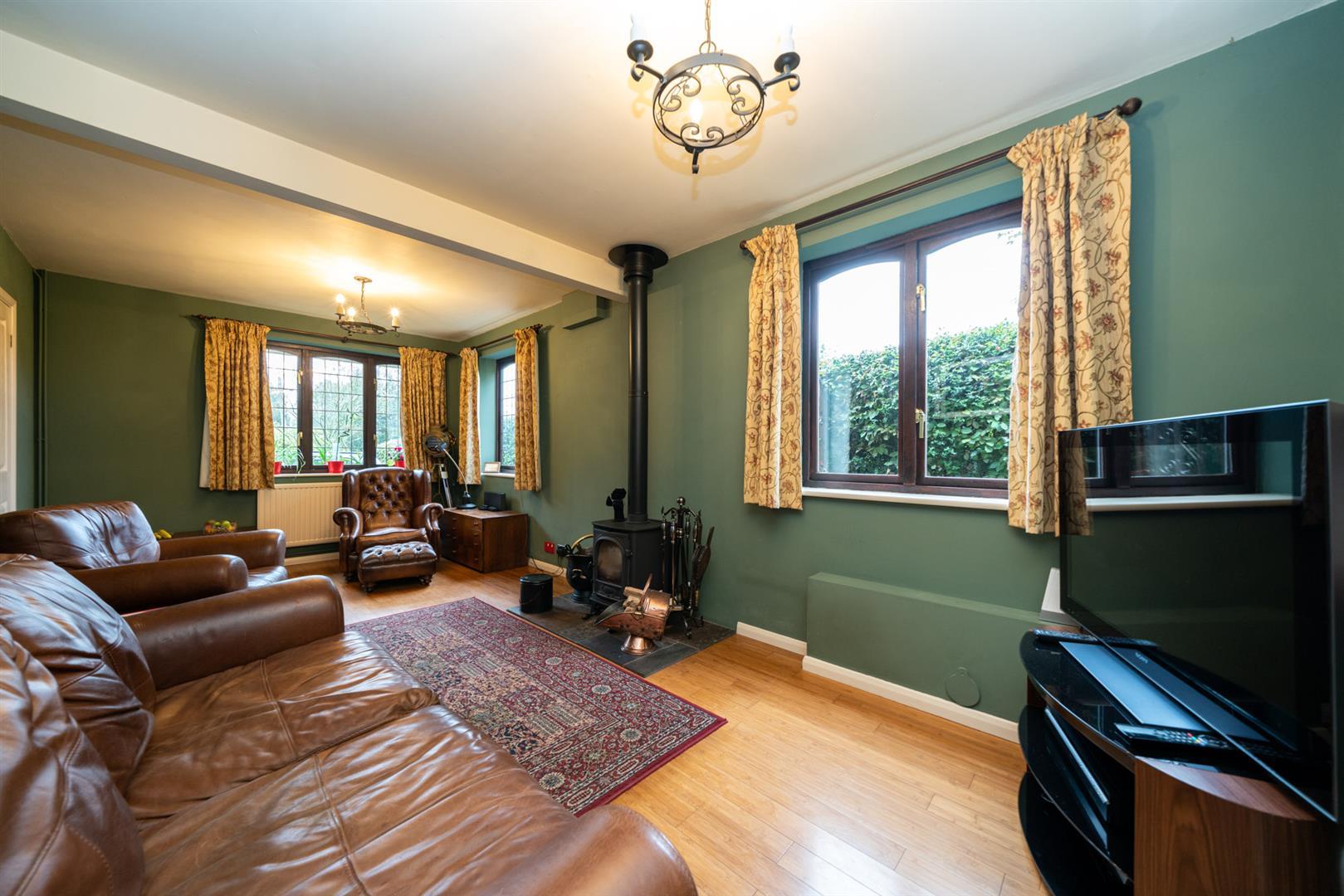 Boundary-Edge-6077 - living room .jpg
