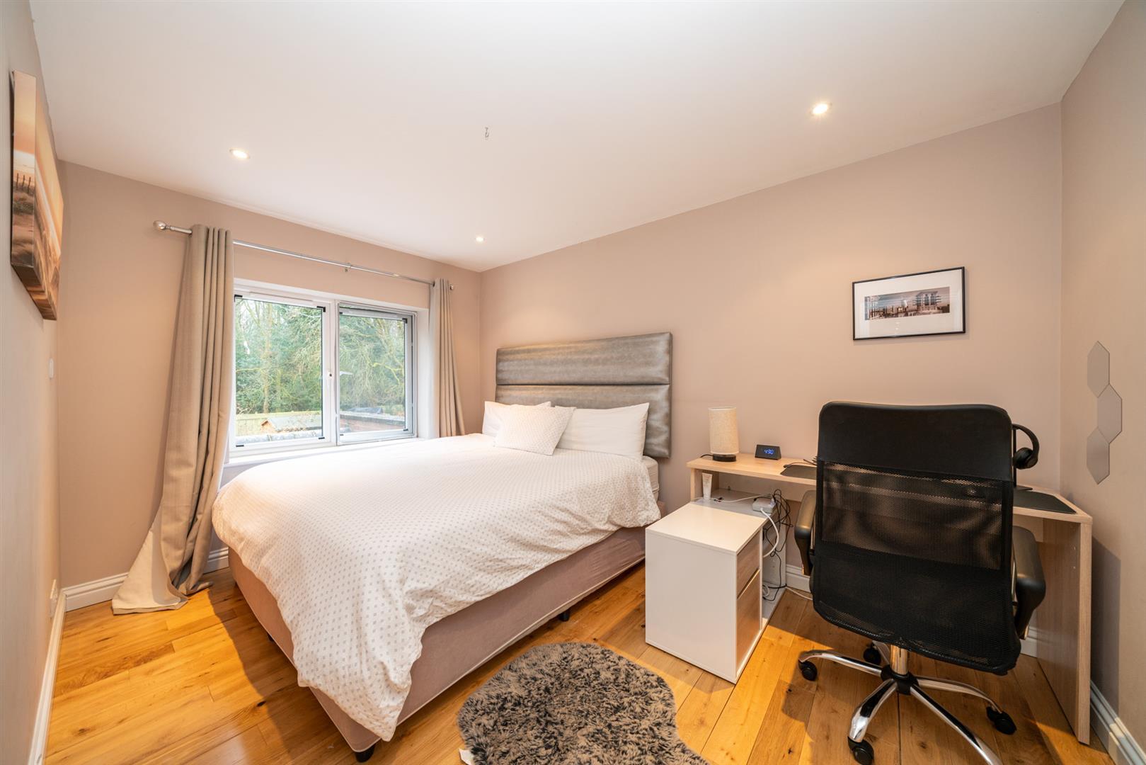 15-Hedgeside-5993 - bed 2.jpg