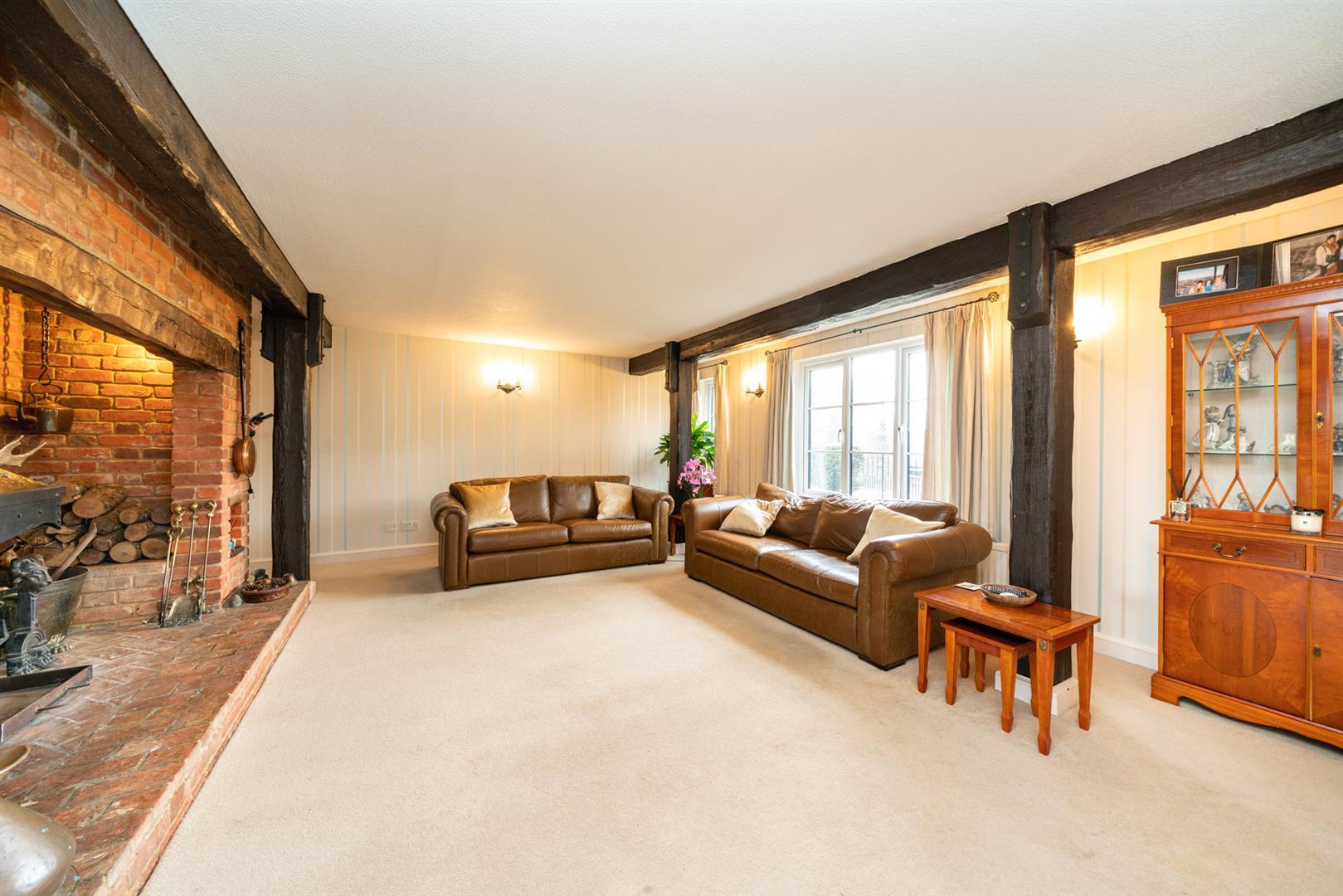 Woodlands-Front Lounge.jpg