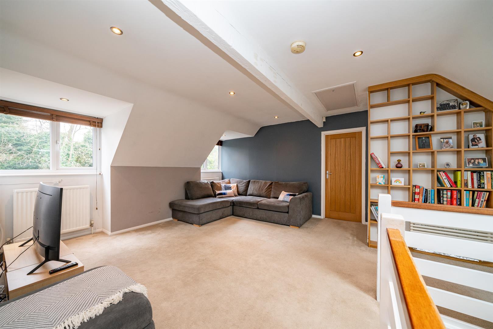 Flat-6-Ruscoe-5112 - living room 2.jpg