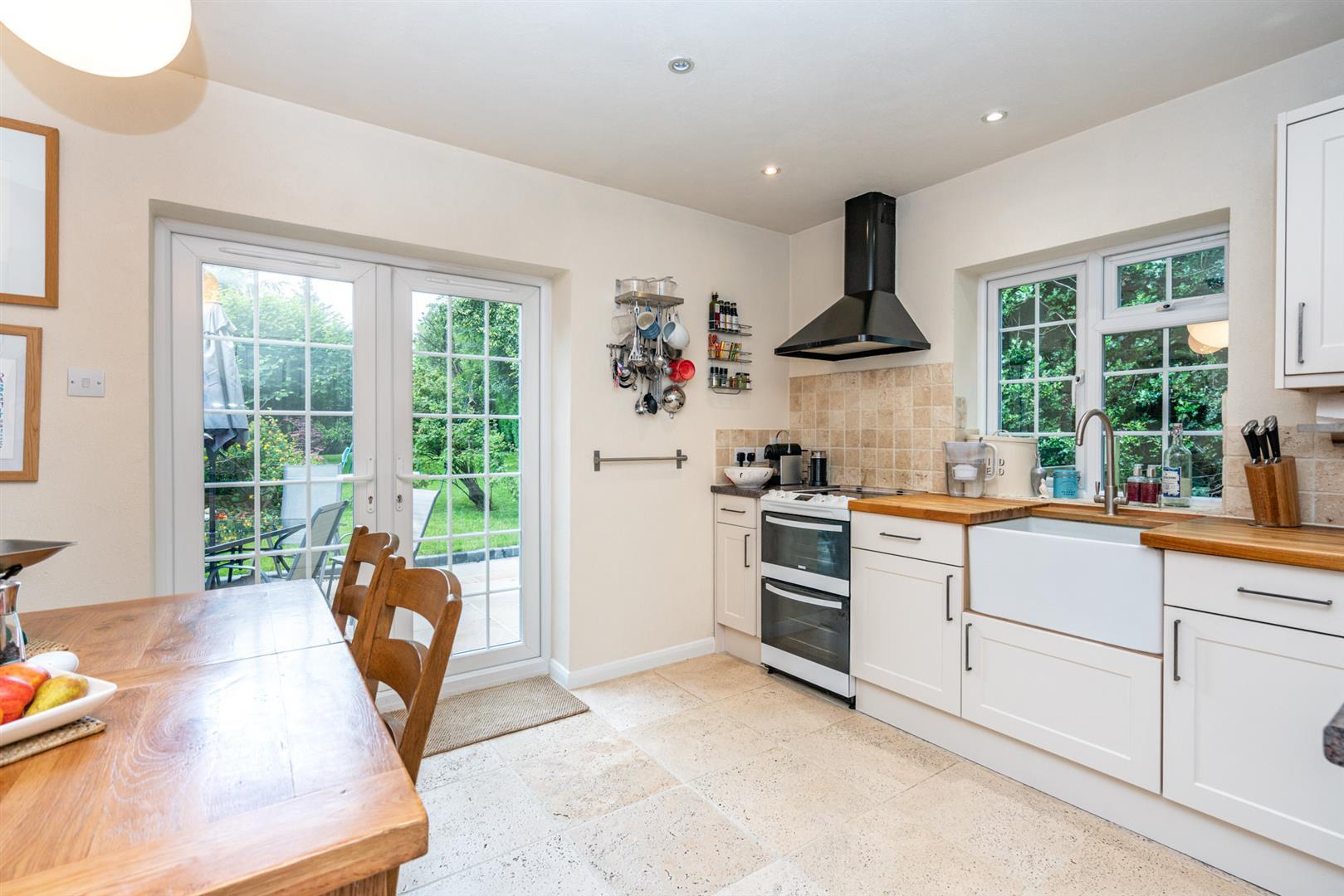 14-Chesham-Road-1374-  kitchen.jpg