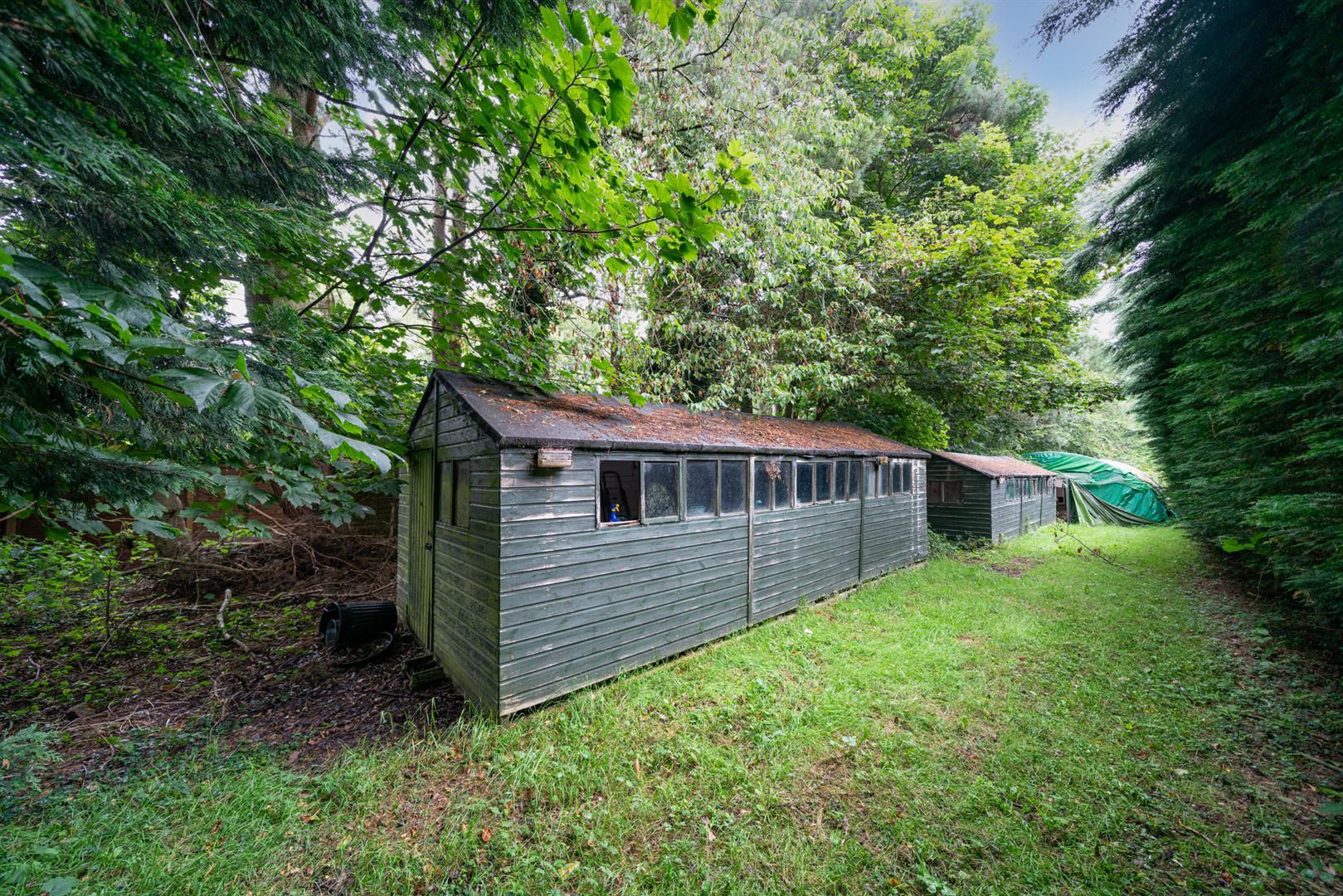Old-Cottage-Paddock-17 outbuildings.jpg