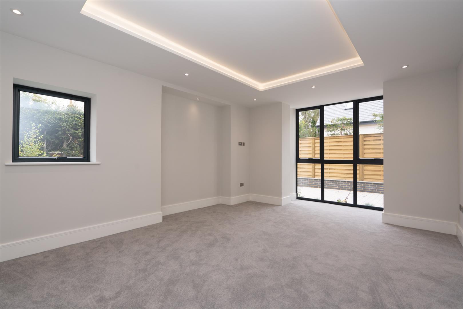 Hillcrest-3128 - living room 2.jpg