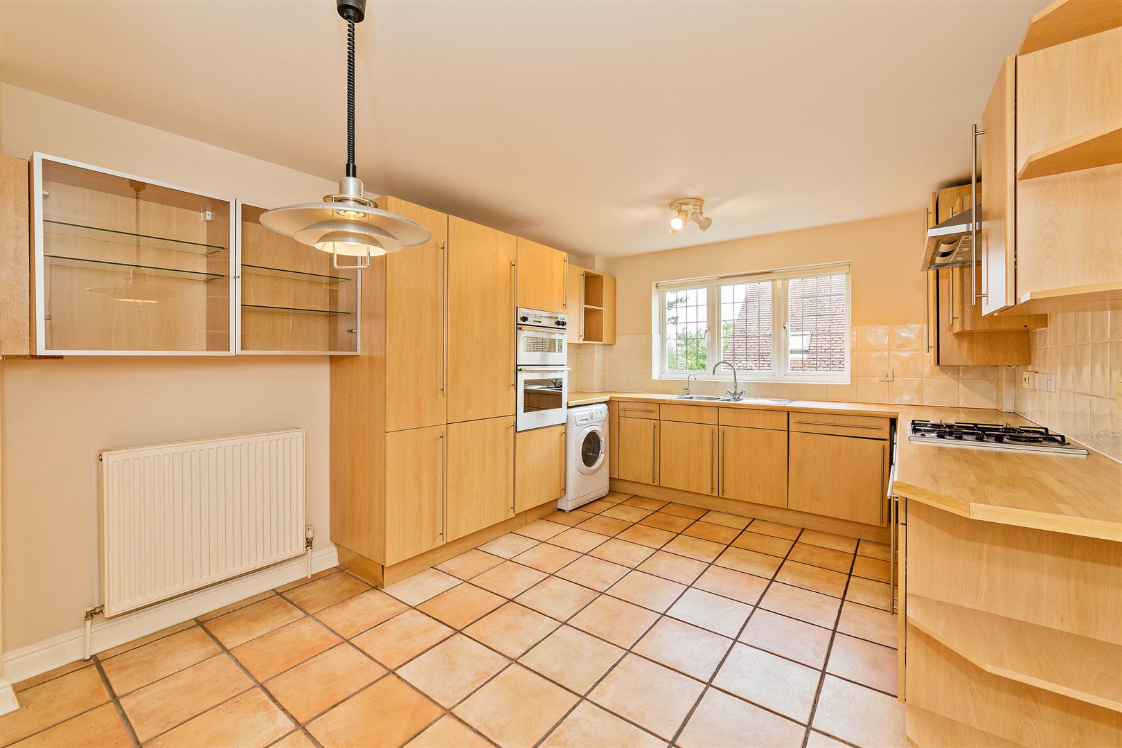 8 Marlborough House  (8) - kitchen use.jpg
