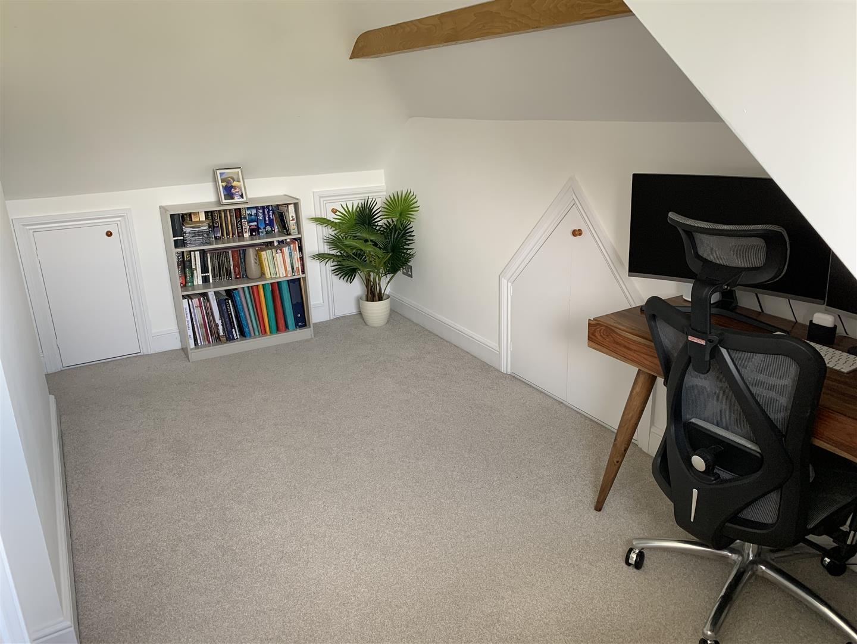attic room - 21.jpeg