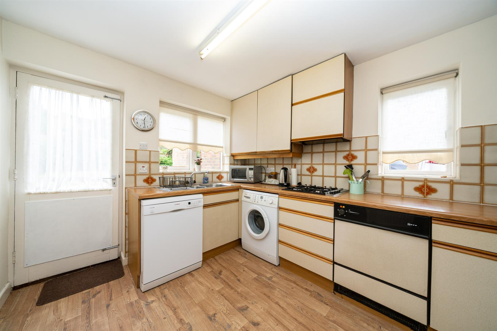 6-Rosehill-4122 - kitchen 1.jpg
