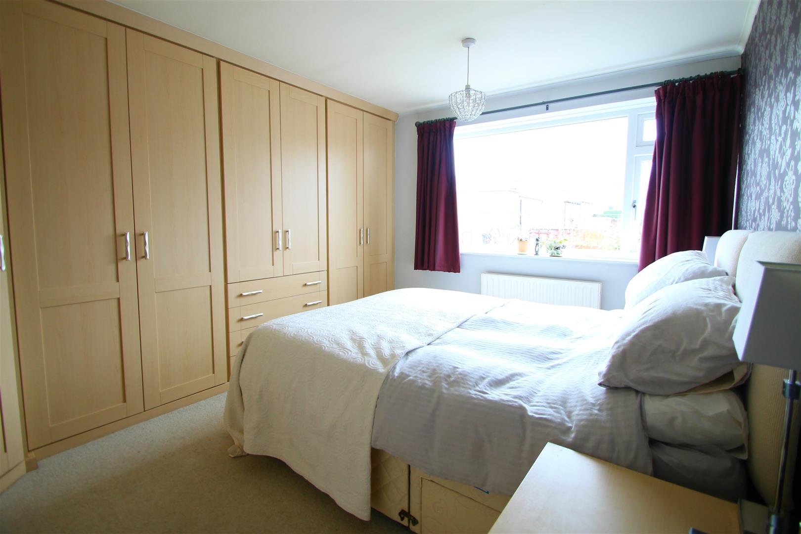 brooklands lane menston ls29 6pj. Black Bedroom Furniture Sets. Home Design Ideas