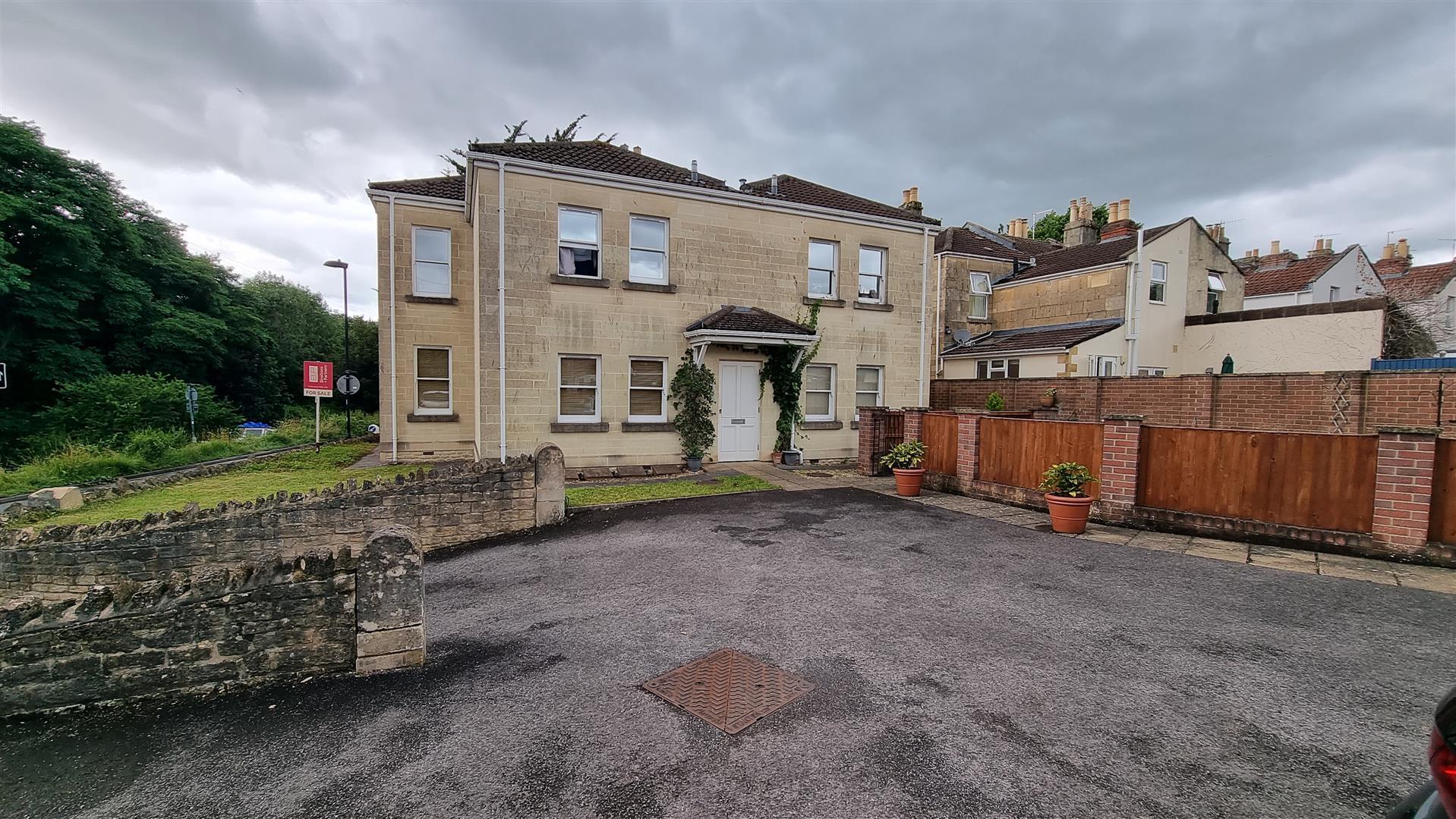 Riverside House, Osborne Road, Bath, BA1