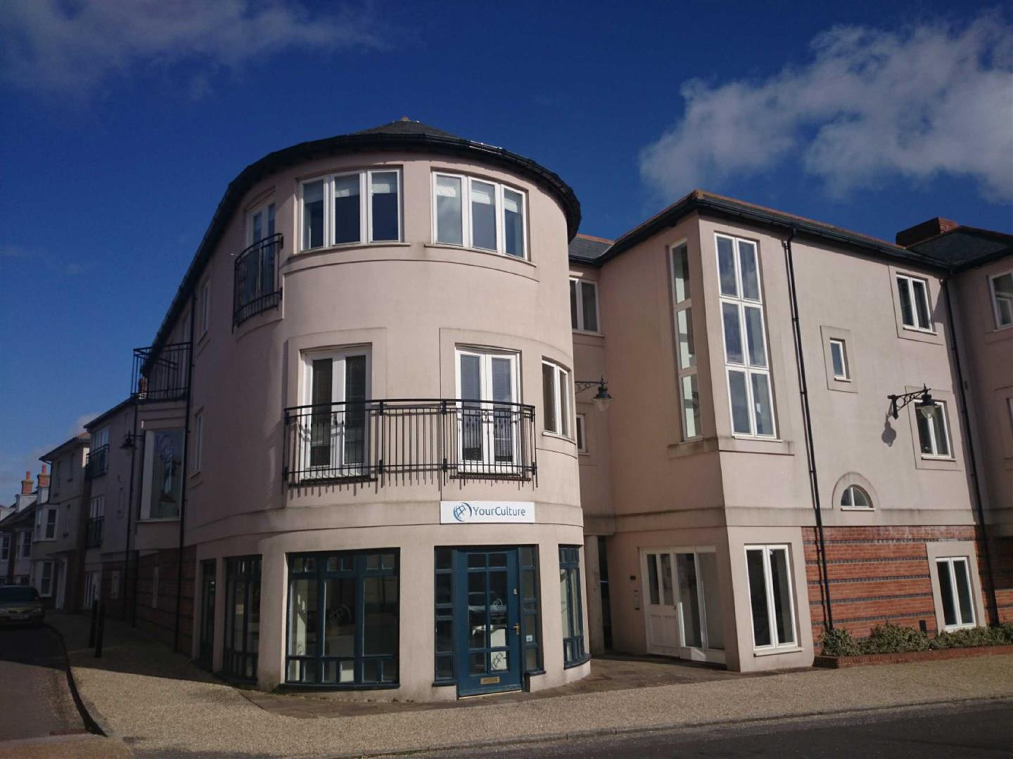 Tyberton court poundbury dorchester d dt1 2 bed apartment dt1 3as 800 to rent for 2 bedroom apartments in dorchester ma