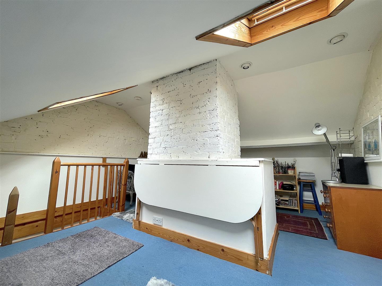 Loft Room .jpeg