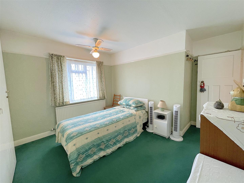 Bedroom 2 (3).jpeg