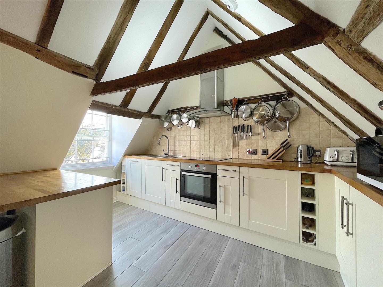 Kitchen (2).jpeg
