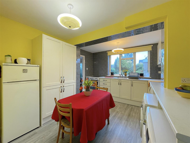 Kitchen (3).jpeg