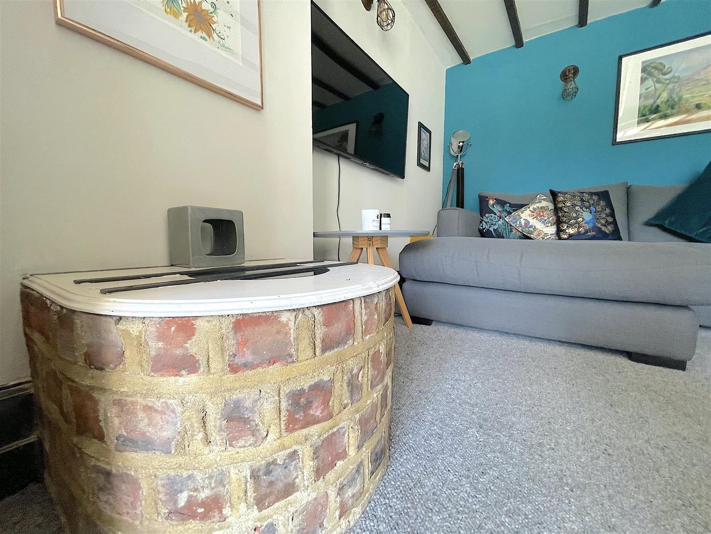 Lounge (5).jpeg