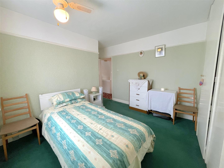 Bedroom 2 (2).jpeg