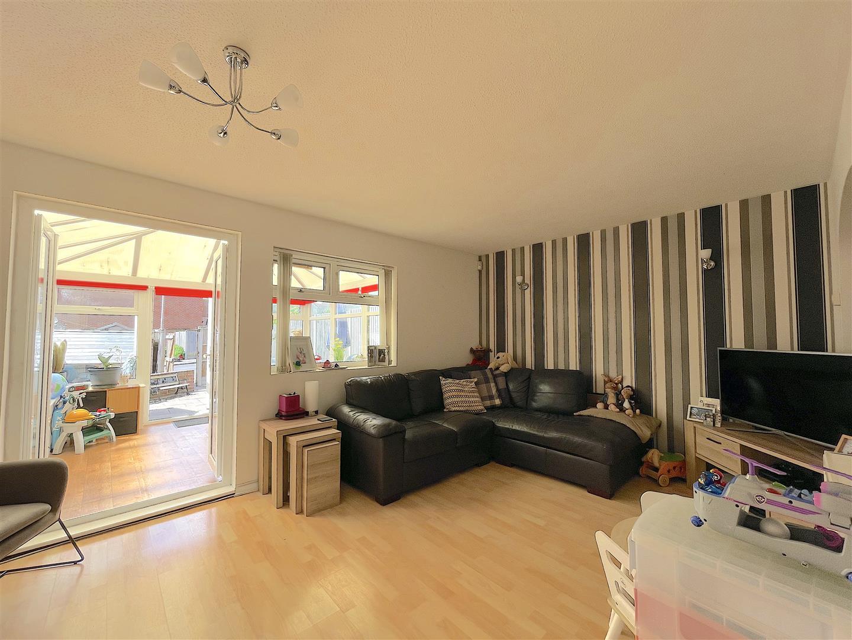 Living Room (2).jpeg