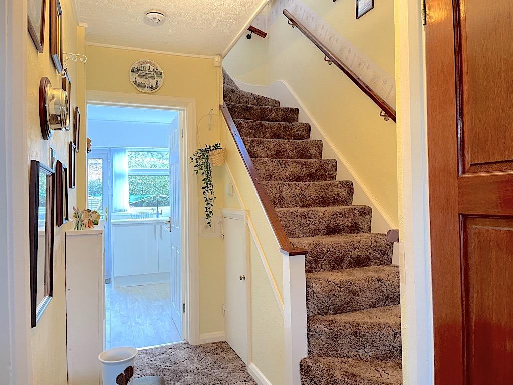 Hallway (2).jpeg