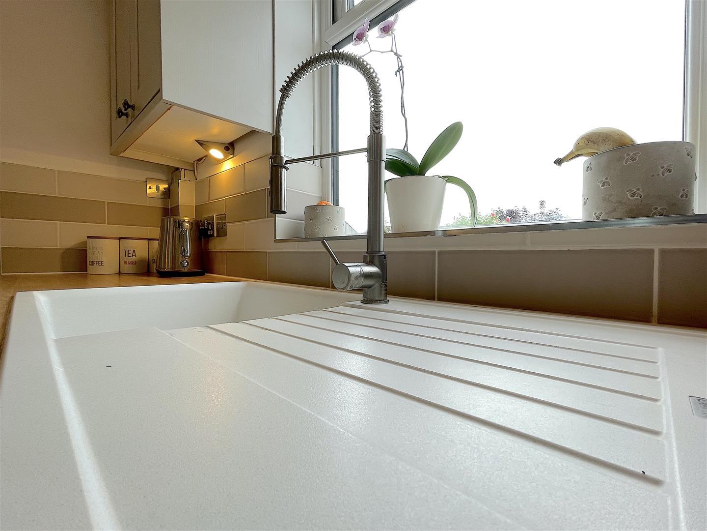 Kitchen (5).jpeg