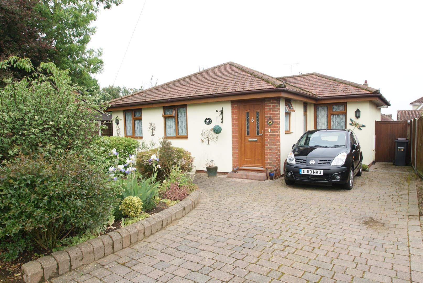 Richmond Drive, Rayleigh – For Sale