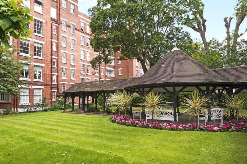 Addison House Garden