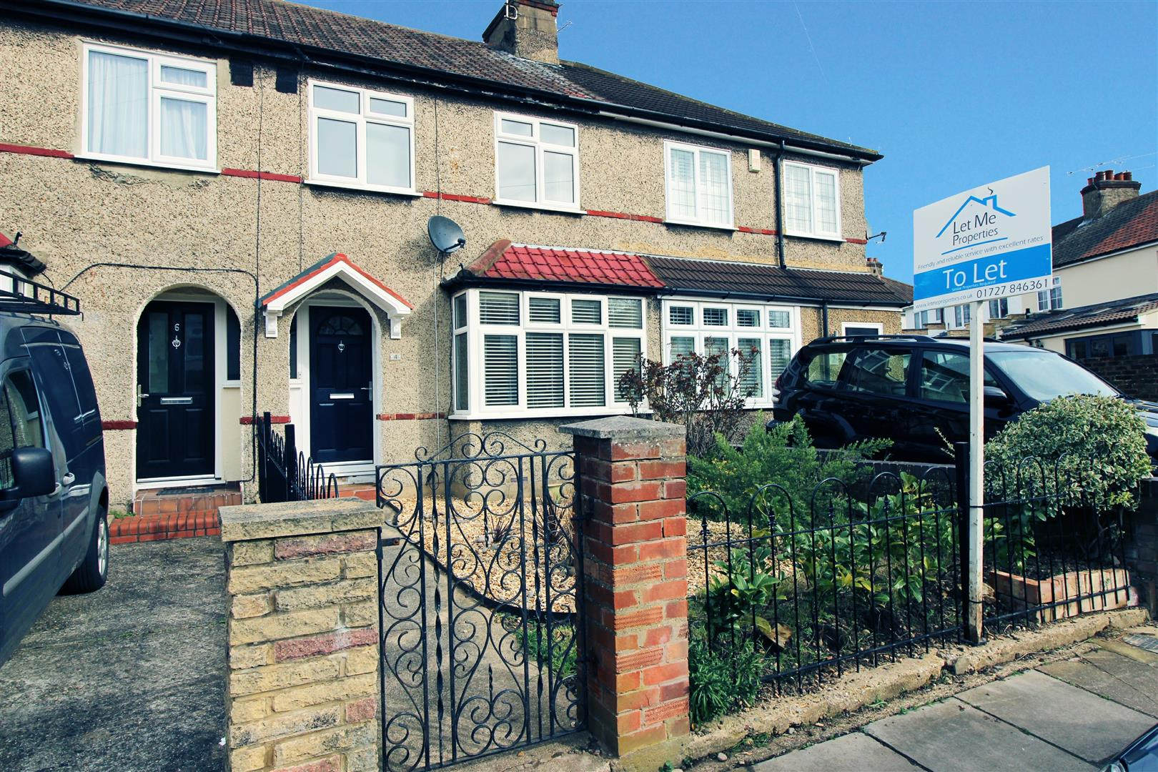Leyland Avenue - Exterior.jpg