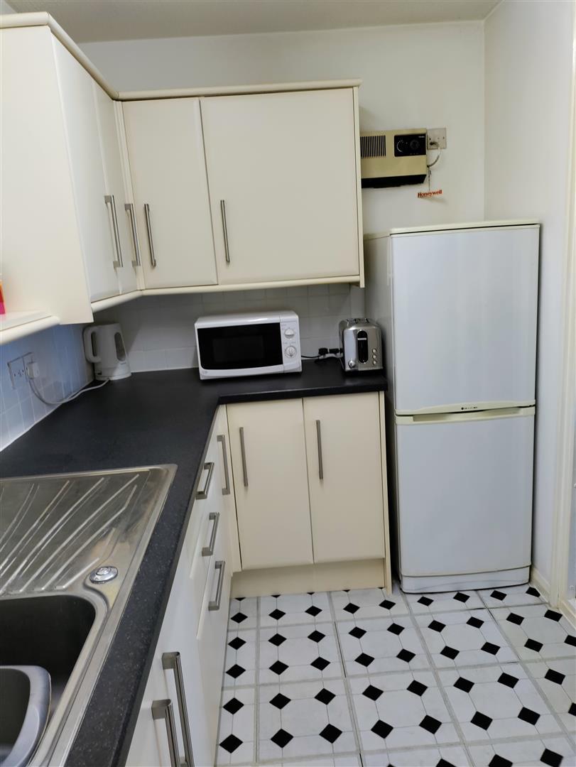Cotsmoor - Kitchen.jpg