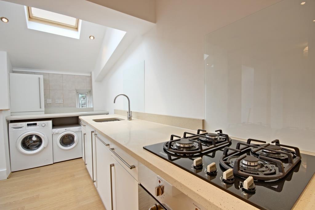 Kitchen edit 6.jpg