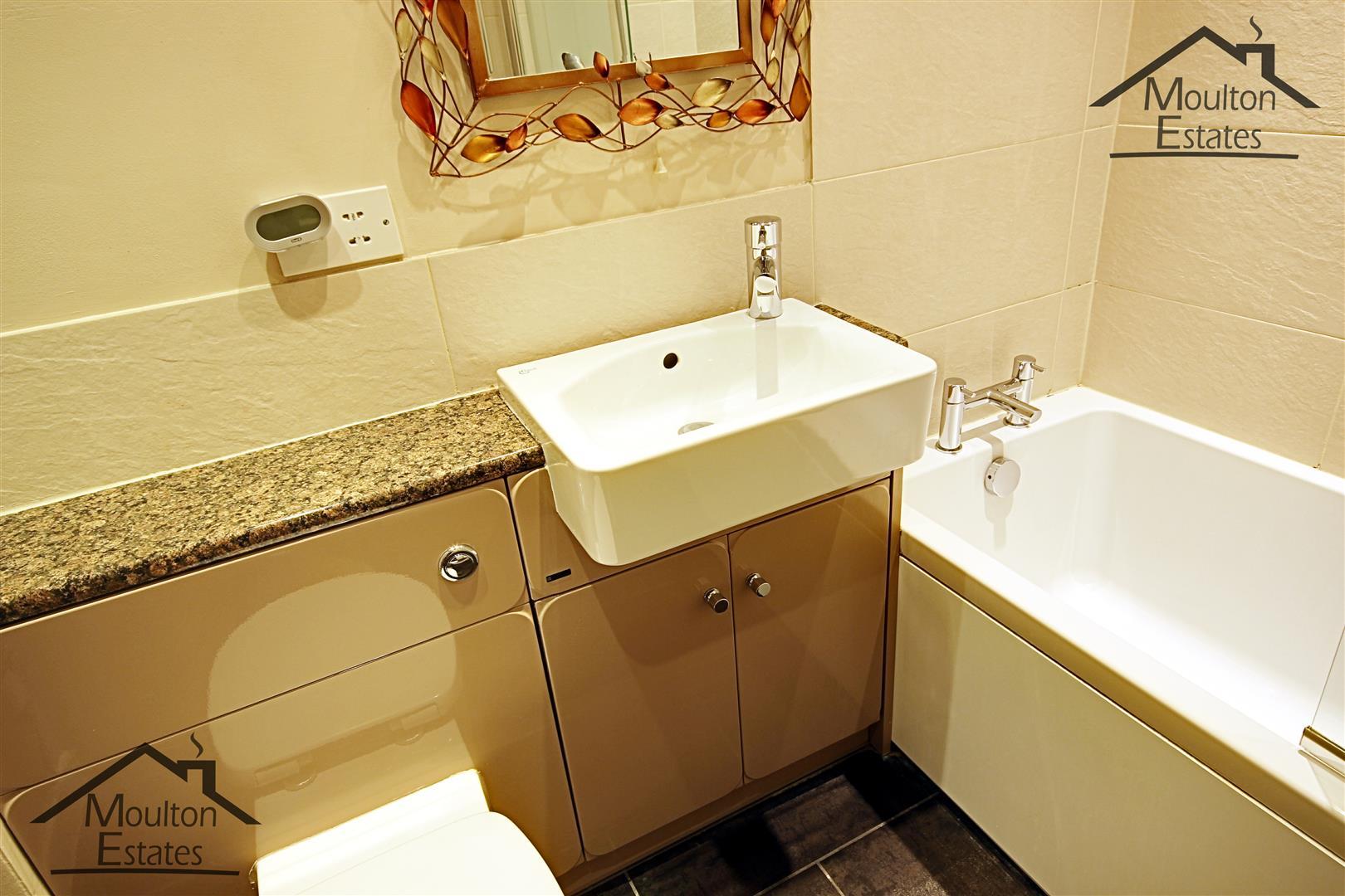 Bathroom 1 - ME WM.JPG